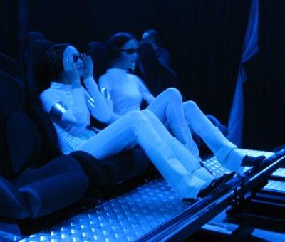 Новый вид бизнеса в сфере развлечений - кинотеатр 4D